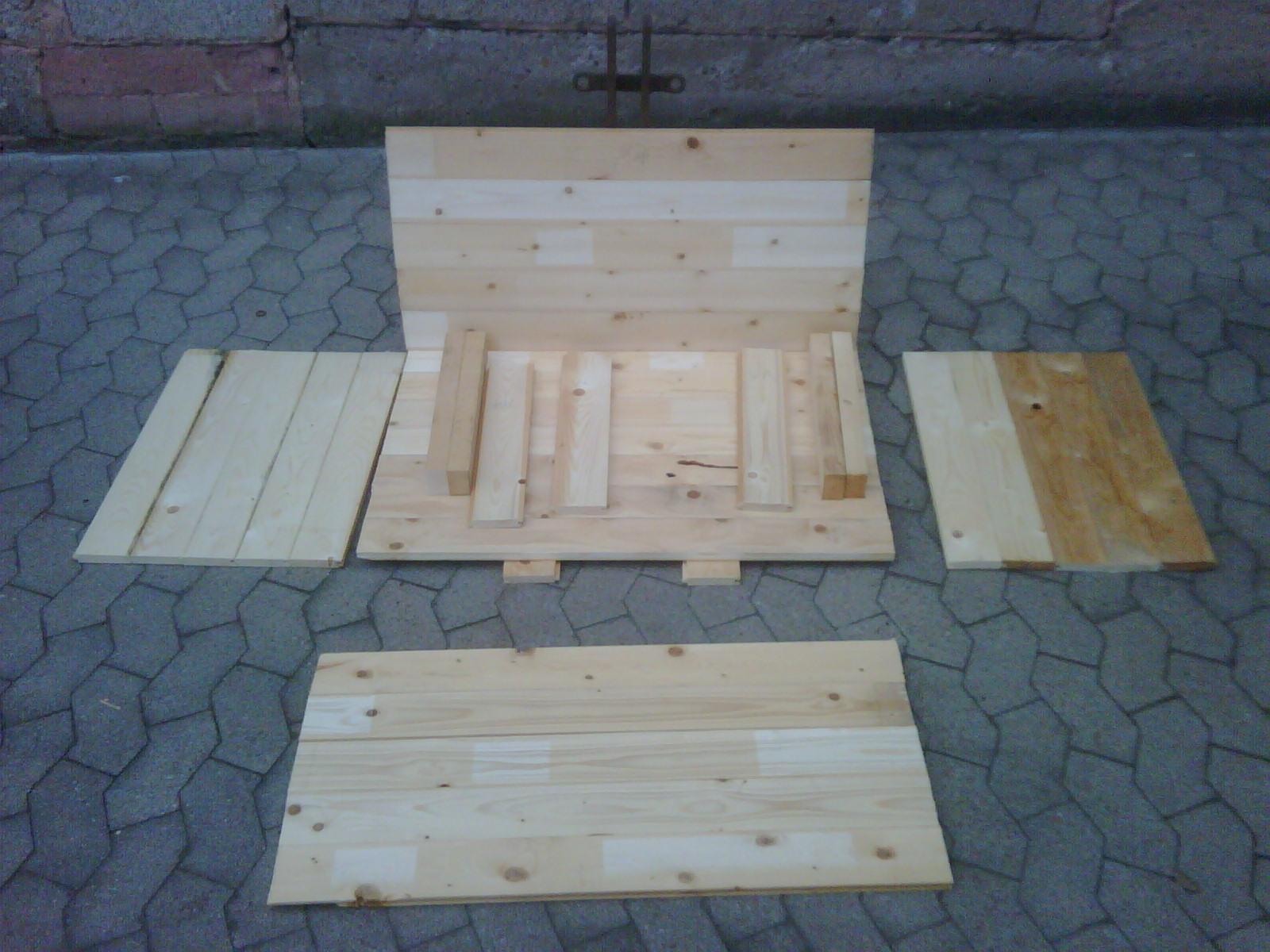Einzelteile der Kiste...