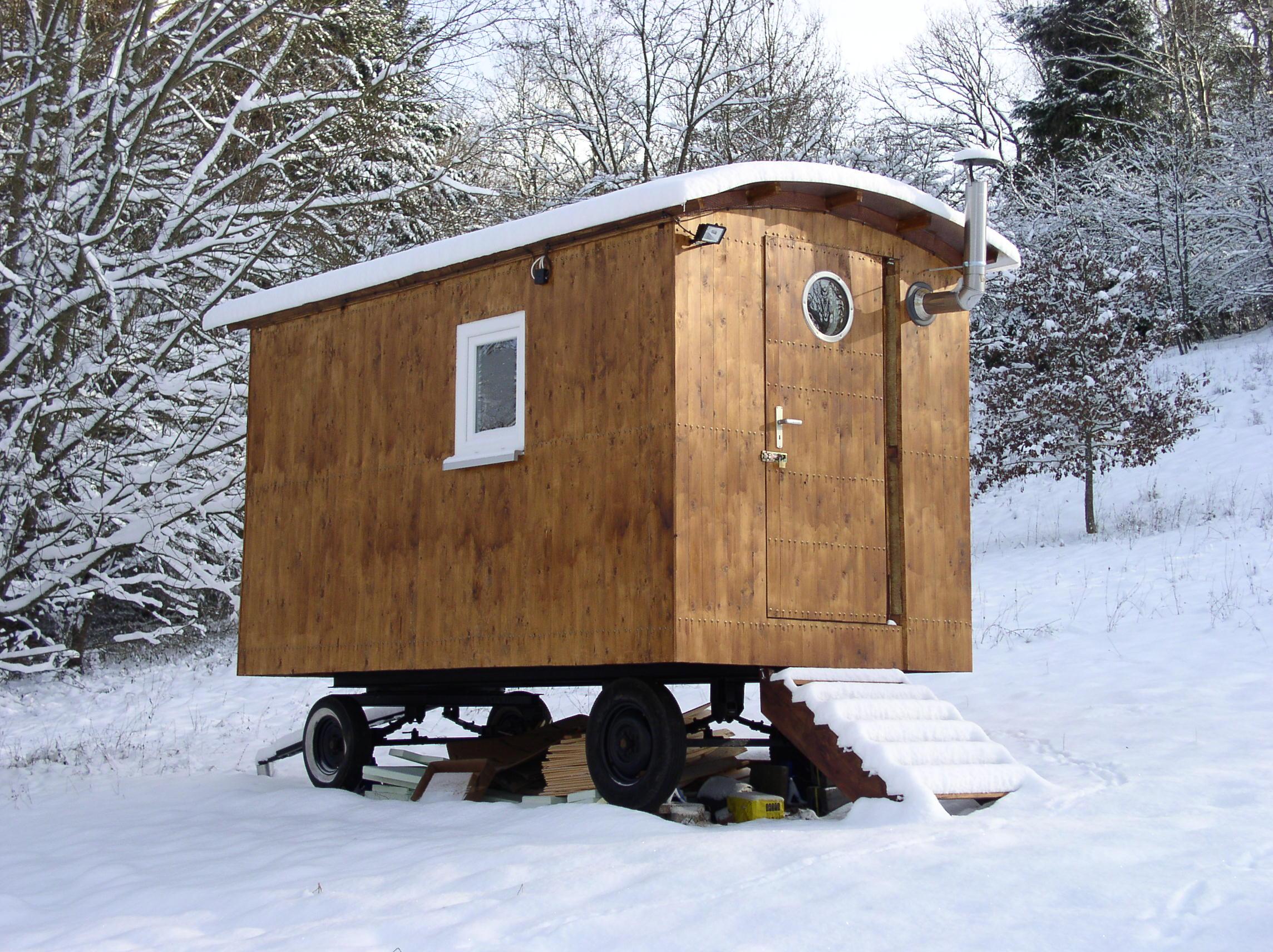Bauwagen im Schnee...